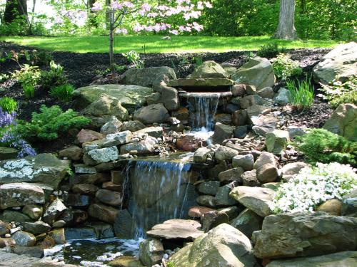Residential landscape architect Columbus Ohio back yard stone walk